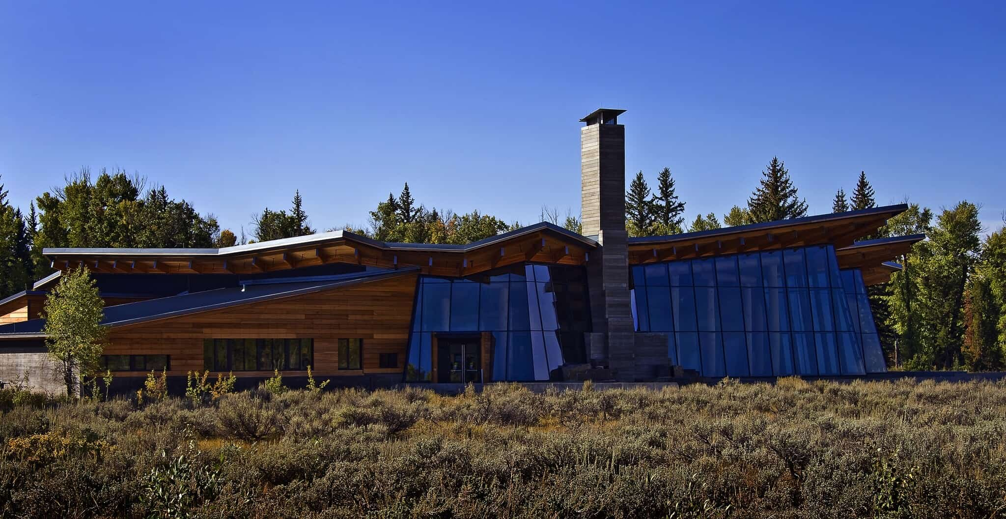 Grand Teton National Park Visitors Center in the heart of the drama combines modernizm and rustic finishes.